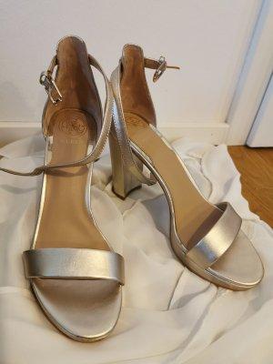 Guess High heels plateu neu Gr. 39 NP 135€