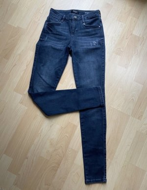 Guess Jeans 26