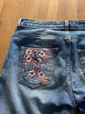 Guess Jeans bestickt