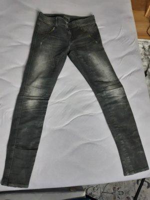 Guess Jeansy o obcisłym kroju ciemnoszary
