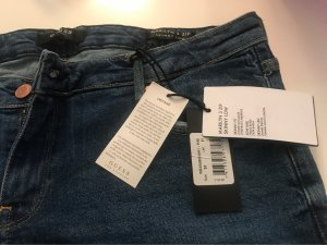 Guess Jeans mit originaletikette