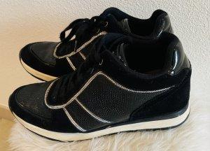 Guess Sneaker con zeppa nero