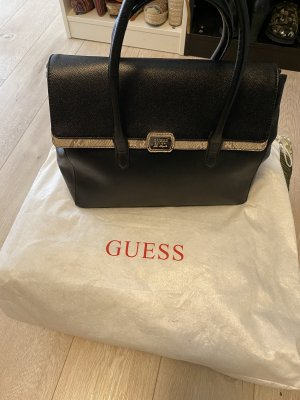 Guess /Kelly Vag