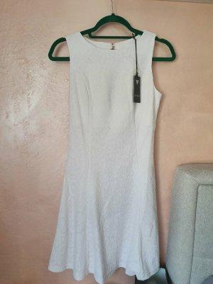 Guess Kleid in weiß Gr.M