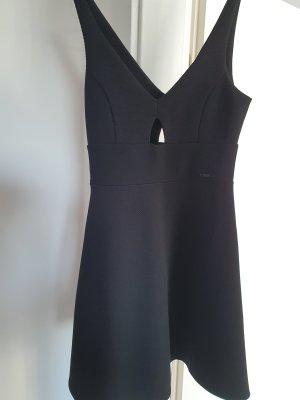 Guess Kleid schwarz NEU