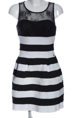 Guess Shortsleeve Dress black-white striped pattern elegant