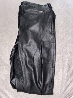 Guess Skórzane spodnie czarny-srebrny
