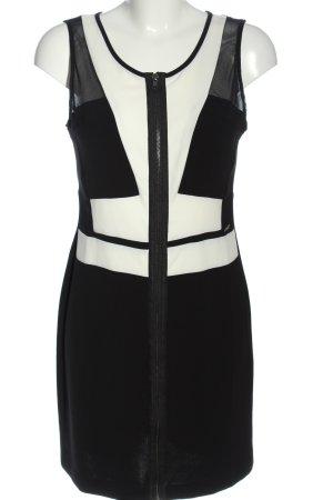 Guess Mini vestido negro-blanco look casual