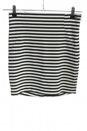 Guess Minirock schwarz-weiß Streifenmuster Casual-Look
