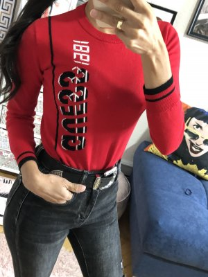 Guess Kraagloze sweater donkerrood