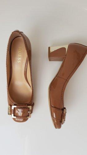 Guess Zapatos de tacón con barra en T beige