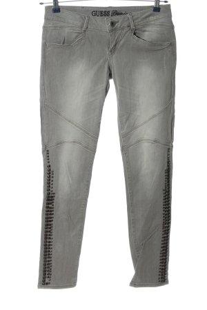 Guess Pantalón de tubo gris claro-negro look casual