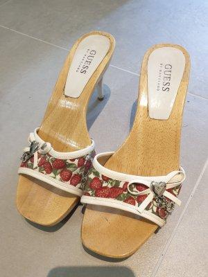 Guess Sandalo con tacco alto e lacci a T bianco-rosso