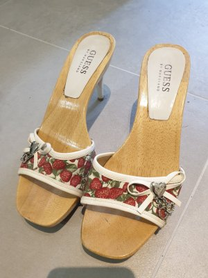 Guess T-Strap Sandals white-red