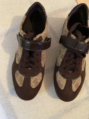 Guess Sneaker stringata marrone