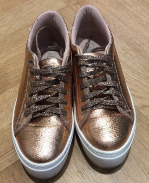 GUESS  Sneaker, hoher Sohlenrand, Metallic Optik, Rose Goldfarben