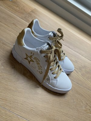 Guess Sneaker Schuhe