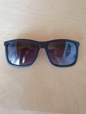 Guess Hoekige zonnebril zwart