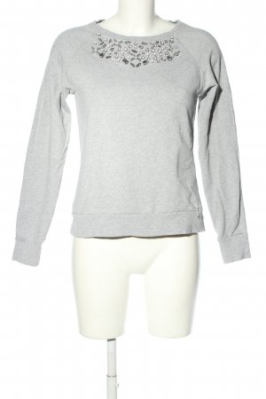 Guess Suéter gris claro look casual