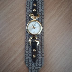 Guess Montre avec bracelet en cuir doré-brun