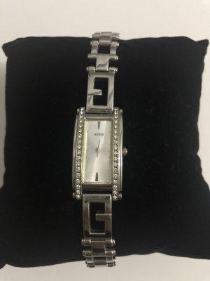 Guess Montre avec bracelet métallique argenté-blanc