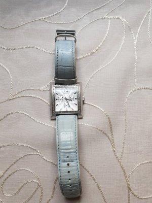 Guess Montre avec bracelet en cuir argenté-bleu azur
