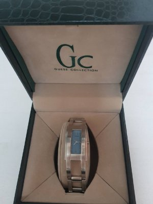 Guess Uhr mit Geschenkbox
