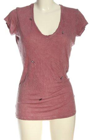 Guess Camisa con cuello V rojo look casual