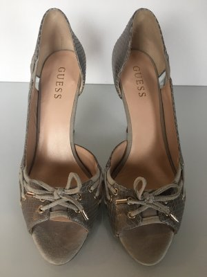 Gut erhaltene guess Schuhe Gr 38 grau