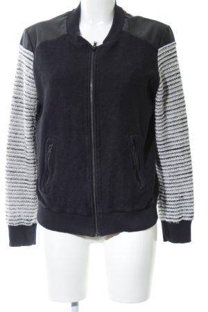 gwynedds Übergangsjacke schwarz-weiß Streifenmuster Casual-Look