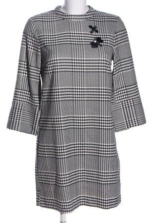 H&M A-Linien Kleid schwarz-weiß Karomuster Business-Look