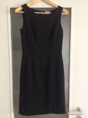 H&M Ołówkowa sukienka czarny