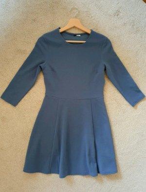 H&M babyblaues Kleid