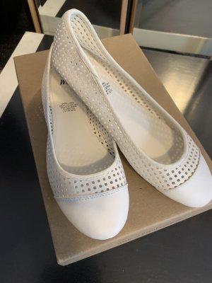 H&M Slingback ballerina's wit