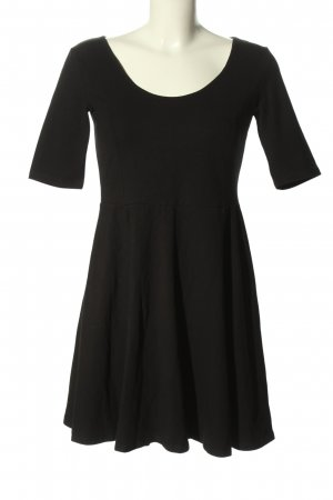 H&M Basic Stretchkleid schwarz Casual-Look