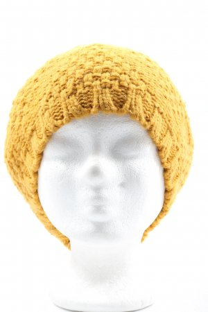 H&M Boina amarillo pálido look casual