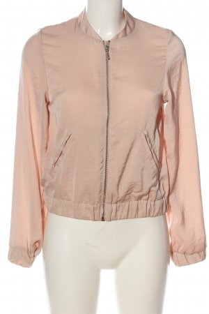 H&M Bomber Jacket nude casual look