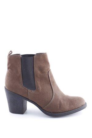 H&M Booties braun-schwarz Casual-Look
