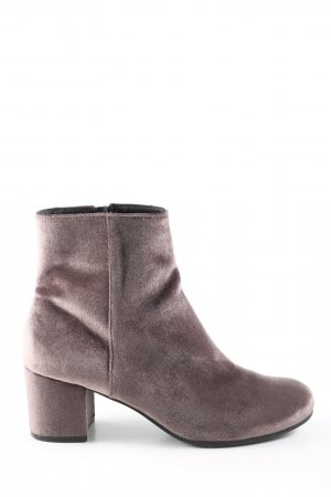 H&M Booties braun Business-Look
