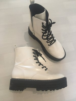 H&M Boots Booties Ankle Ankleboots Weiß Lack Stiefel Springerstiefel