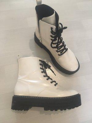 H&M Patucos con cordones negro-blanco