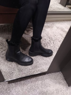 H&M Boots Booties Ankles Ankleboots Chelsea