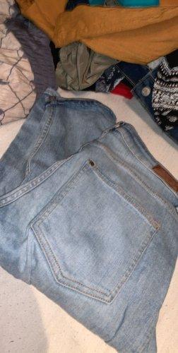 H&M Pantalón boyfriend azul claro