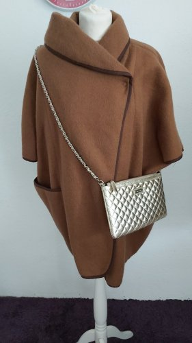 H&M Cape bronze