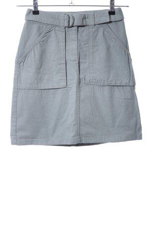 H&M Falda estilo cargo azul look casual