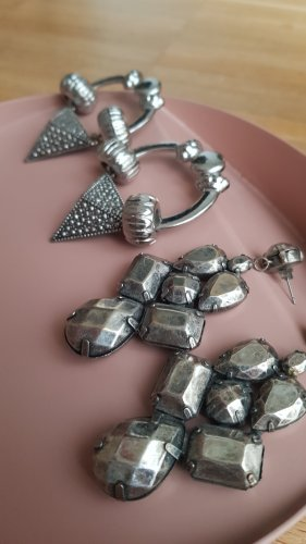 h&m Chunky Ohrhänger Set silber 90s statement Ohrringe cos acne stories