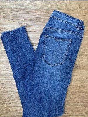 H&M Destroyed Jeans