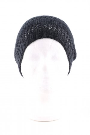 H&M Divided Gorro negro look casual