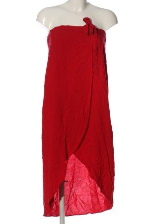 H&M Divided Capa rojo look casual