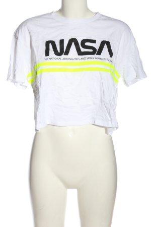 H&M Divided Camisa recortada letras impresas look casual